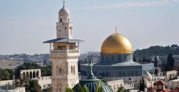 مآذن القدس تطلق نداء لفك الحصار عن الأقصى
