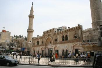 الاوقاف تستنسخ منبر صلاح الدين في المسجد الحسيني