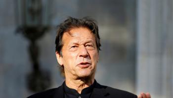 إصابة رئيس وزراء باكستان عمران خان بفيروس كورونا