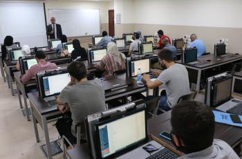 جامعة الشرق الأوسط  MEU  تختتم دورة التطبيقات العملية في المحاسبة المالية