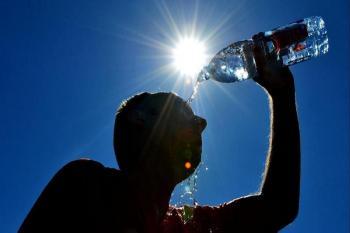أجواء حارة في أغلب المناطق الأحد وتراجع الكتلة الحارة الإثنين