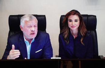 الملك والملكة يطمئنان على أردنيين تعرضا للاعتداء في فرنسا (فيديو)