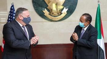 بومبيو في السودان لإقناع دول عربية لتطبيع علاقاتها مع إسرائيل