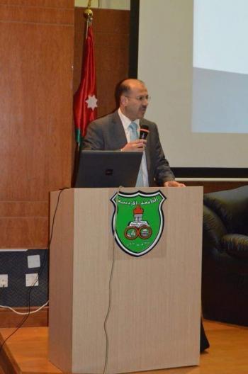 الدكتور أيمن البراسنة ..  مبارك الترقية