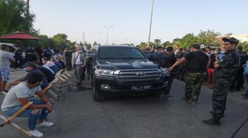 الغنوشي يعتصم أمام البرلمان التونسي المطوّق من الجيش