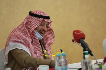 السفير السعودي يروي للملك علاقته بالمنسف والكنافة