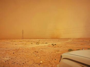 عواصف رملية في مناطق صحراوية واحتمالية وصولها للمدن