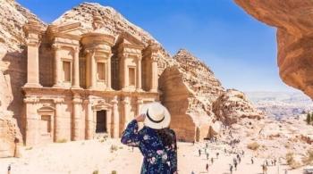 البنك الأوروبي للإعمار يطلق خطة تعاف سياحي في 13 دولة منها الأردن