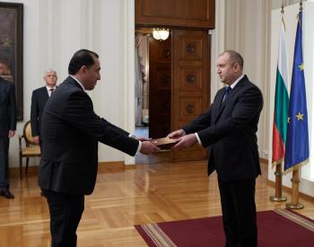 القضاة يقدم أوراق اعتماده سفيراً غير مقيم في بلغاريا