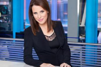 مذيعة إسرائيلية تختم النشرة الإخبارية بـ عيد فطر سعيد