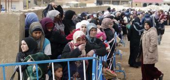 أطول الطوابير تجدها في سوريا ..