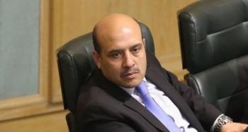 القطاطشة ينتقد تشكيل الحكومات في الأردن: واحد برمي حجار وبنفشخ بصير وزير
