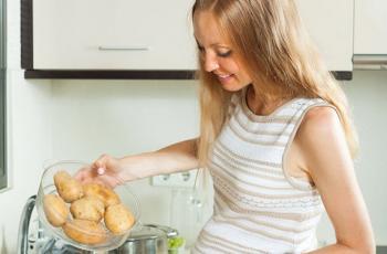 أطعمة ينبغي للحامل تجنبها
