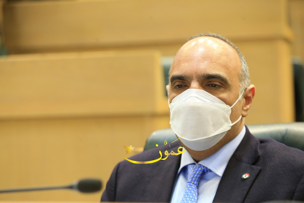 رئيس الوزراء يجيب عن أسئلة حول 19 قضية أشغلت الأردنيين مؤخرًا