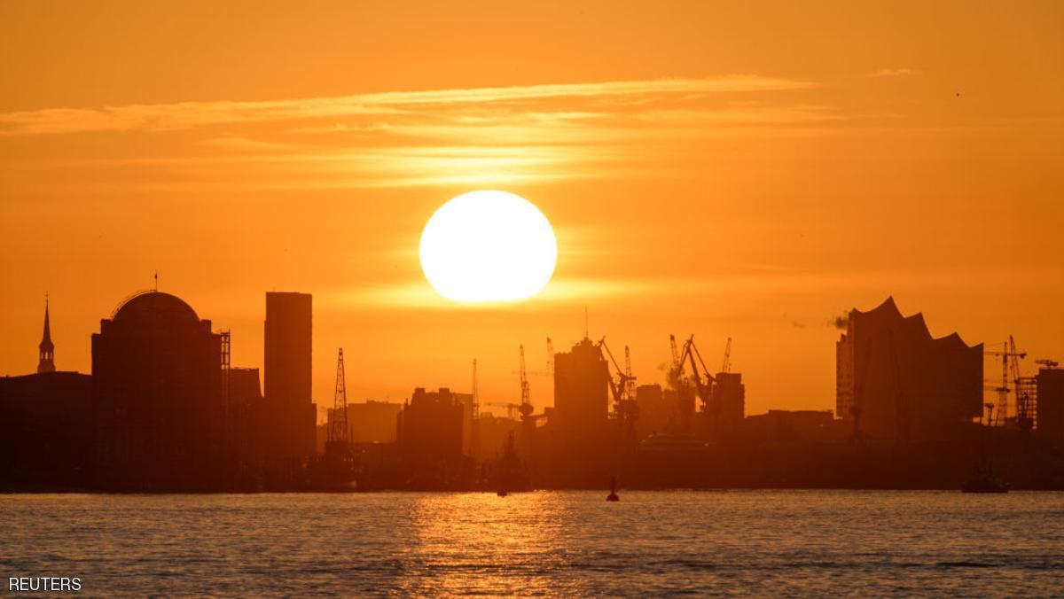 تشغيل أكبر شمس صناعية في العالم