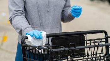 شركس يحذر المتسوقين: الفيروس قد يكون على الاسطح