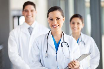 سلطنة عمان تطلب طبيبات نسائية أردنيات