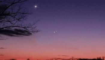 المريخ يقترن بـقلب الأسد هذا المساء ..  الرؤية بالعين المجردة