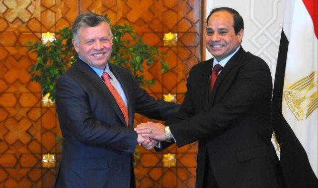الملك يلتقي السيسي في القاهرة