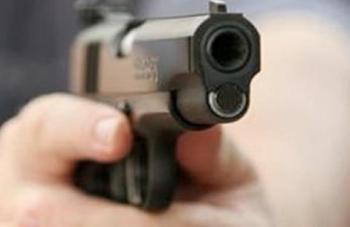 مقتل امرأة وإصابة زوجها في ام أذينة