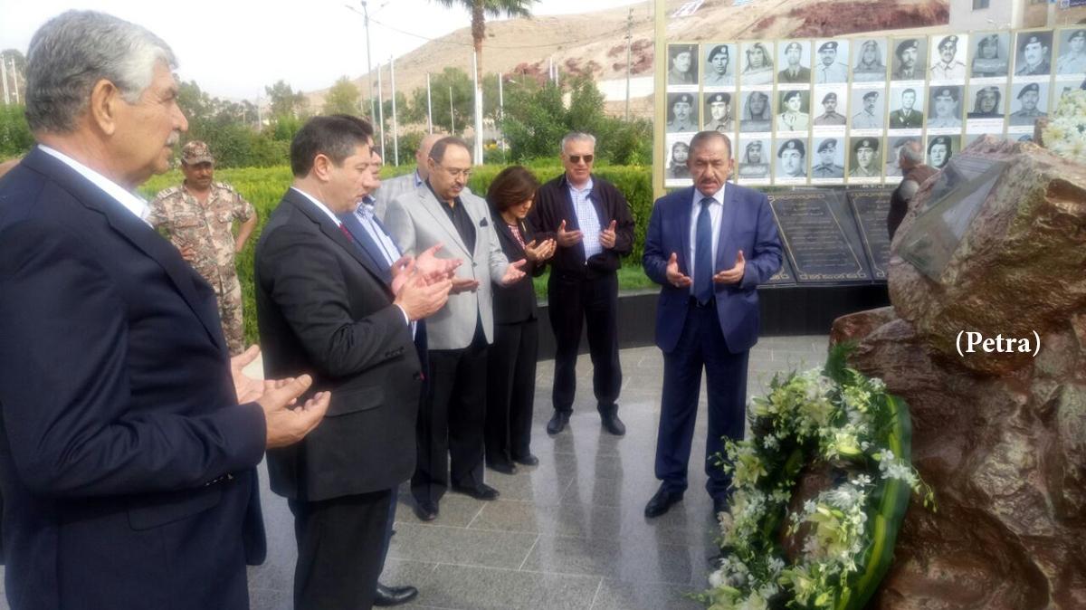 فلسطين الاعيان تزور النصب التذكاري لشهداء معركة الكرامة