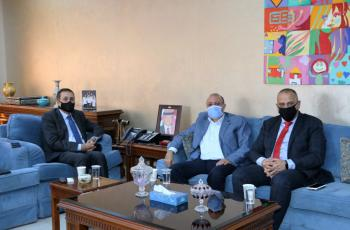منح دراسية لأبناء المعلمين والعاملين بالتربية في جامعة عمان الأهلية