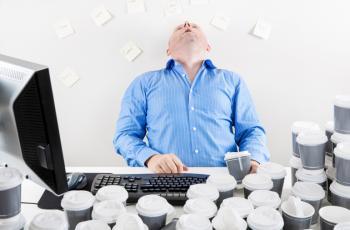 9 أعراض مزعجة للإفراط في تناول القهوة