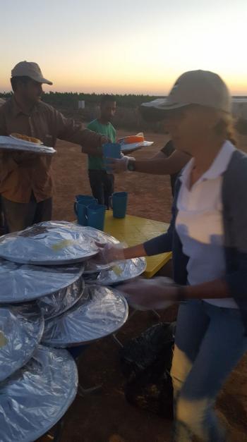 المبادرة الارثوذكسية تقيم افطارا للاجئين سوريين في المفرق