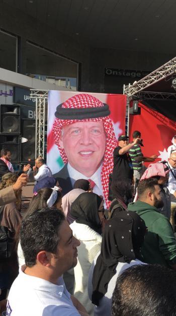الجالية الاردنية تشارك بالاحتفالات الوطنية للكويت (فيديو)