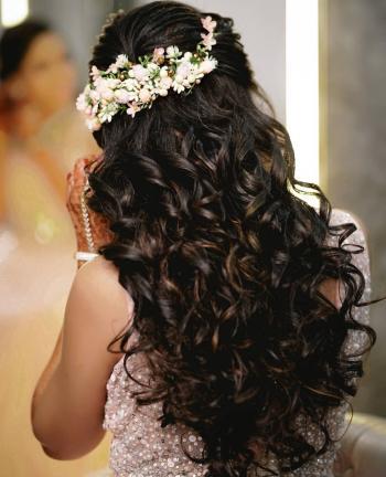 تلميع شعر العروس بوصفات طبيعية