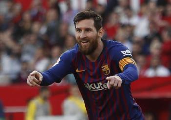 ميسي يضيع فرصة الرحيل المجاني عن برشلونة