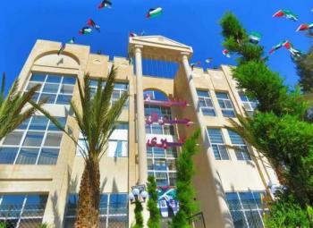 بلدية جرش تطرح عطاء لشراء باصات للحد من الأزمة المرورية