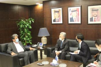 وزير النقل يدعو السفير الياباني لاستغلال الفرص الاستثمارية في الاردن