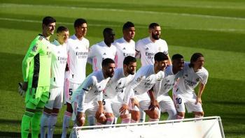 لاعبو ريال مدريد يفاجئون إدارة بيريز بقرار جماعي