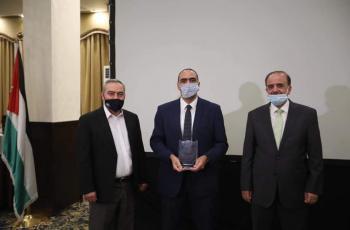 فريق جامعة الزيتونة يحصل على المركز الاول في المسابقة العلمية الصيدلانية الثانية