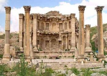 عناب: عطاء لتنظيف المواقع السياحية والأثرية في المملكة