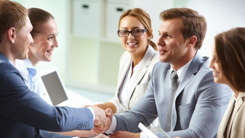 نصائح لتكون الموظف المفضل لمديرك