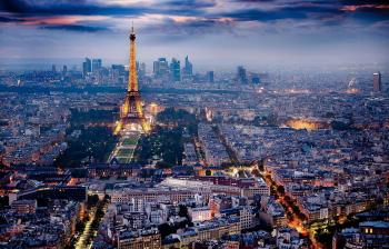 سماع دوي انفجار كبير في باريس