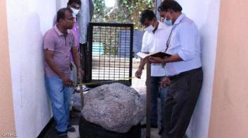 رجل سريلانكا المحظوظ ..  اكتشف كنزا بالصدفة في حديقته