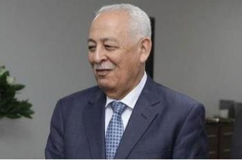 العيسوي ينقل تعازي الملك بوفاة علي غندور