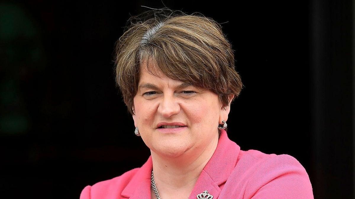 رئيسة وزراء إيرلندا الشمالية تستقيل رسميا من منصبها