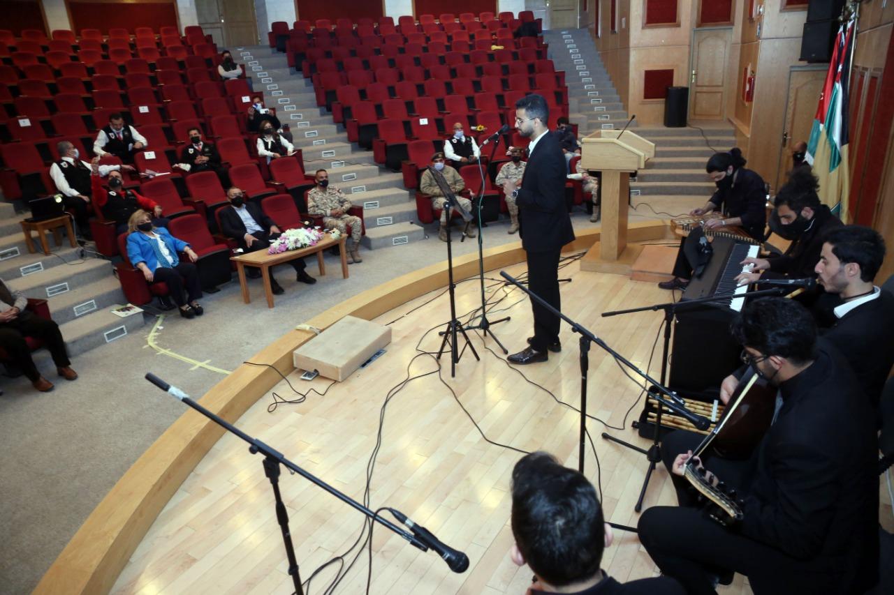 خدمة المجتمع في الأردنية ينظم احتفالا بذكرى الكرامة ومئوية الدولة