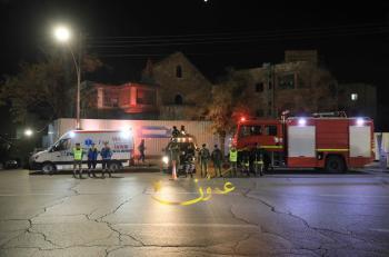 حريق بمستودع ملاصق لمحطة وقود في إربد