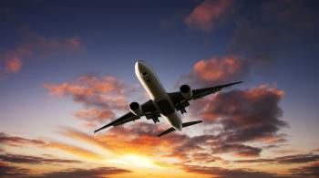 هبوط اضطراري لطائرة بوينغ 777 بسبب خلل في المحرك