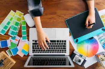 مطلوب مصممة ورسامة شعارات على الكمبيوتر
