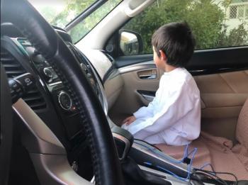 الدفاع المدني يحذر من ترك الأطفال وحدهم داخل المركبات
