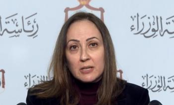 وزيرة الصناعة والتجارة تدعو للالتزام بأوامر الدفاع في المنشآت