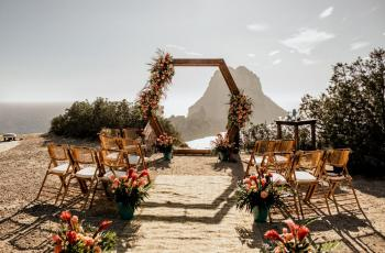 بريطانيا تسمح بإقامة حفلات الزفاف للمرة الأولى منذ الجائحة