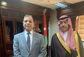 جابر والسفير السعودي يبحثان العلاقات الصحية