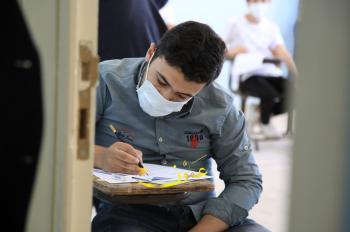 68519 طالبا وطالبة يتقدمون لامتحان التوجيهي في يومه الرابع